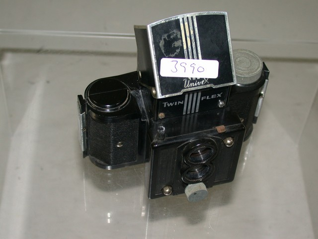 UNIVEX TWINFLEX TWIN FLEX MINIATURE CAMERA 1939