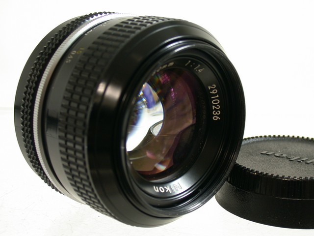 NIKON 1,4/50 50mm F1,4 NON-AI FOR F / F2 NIKOMAT MF